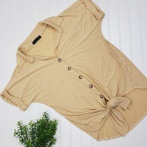 Kim & Cami Mustard Stripe Tied Button Up sz Small